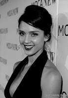 Jessica Alba - Beautifully dressed - Black and White picture 4