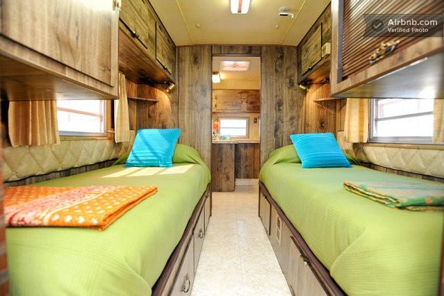 chell design it diy project adventures silver streak redo ideas. Black Bedroom Furniture Sets. Home Design Ideas