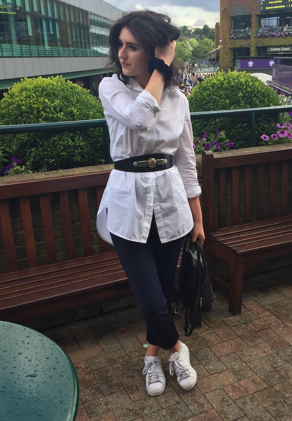 Lydia | 20 | UK