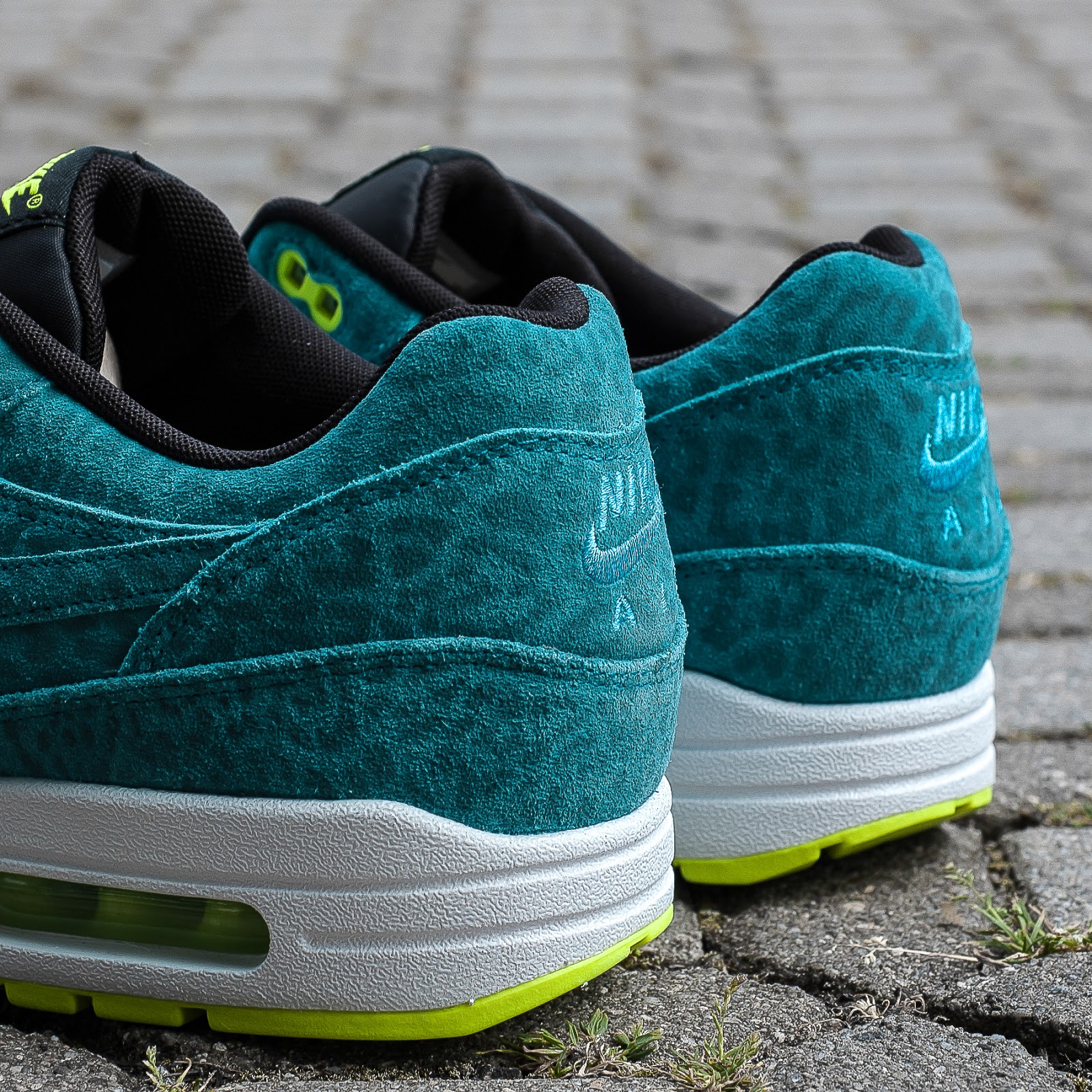 Air Max 1 Blue Leopard
