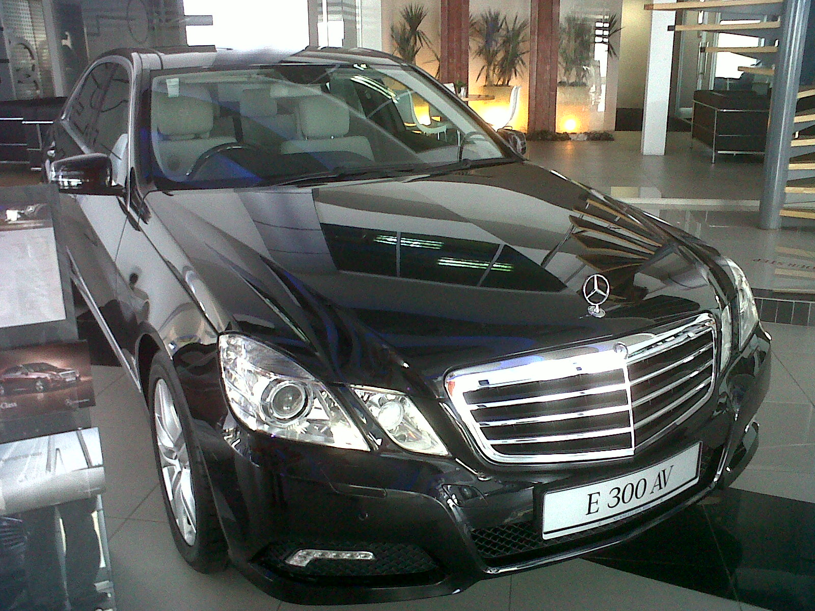 Mercedes benz e300 avantgarde 2011 east to west cars trader for Mercedes benz e300 for sale