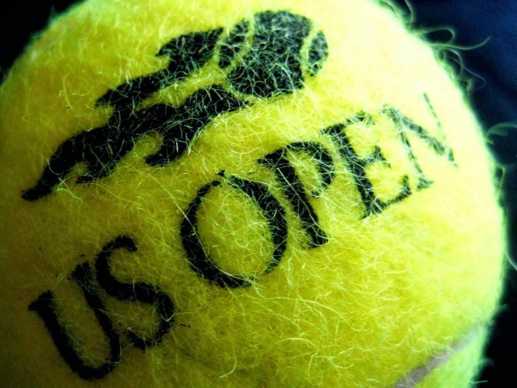 """<img src=""""http://1.bp.blogspot.com/-qyYvfhb2O24/UuEqDFS4lII/AAAAAAAAJ50/KT_an-NQids/s1600/us-open-ball.jpeg"""" alt=""""us open ball"""" />"""