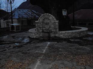 Η βρύση στην πλατεία του χωριού μας .