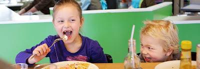 Kinder essen gratis mit
