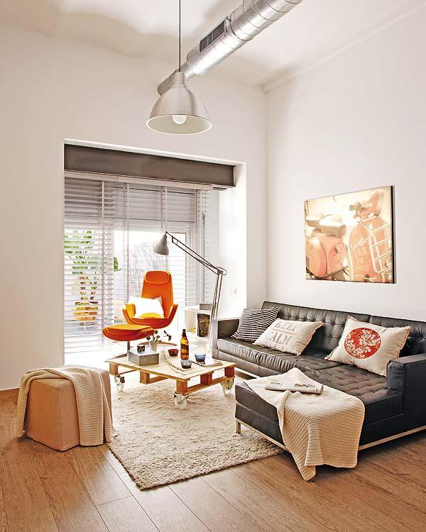 Loft en barcelona mini casas lidia bedman en la nueva - Minicasas en espana ...