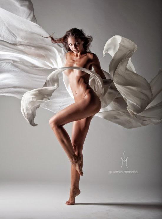 Sergio Mañana fotografia sensual modelos nuas véus esvoaçantes fashion lindas mulheres