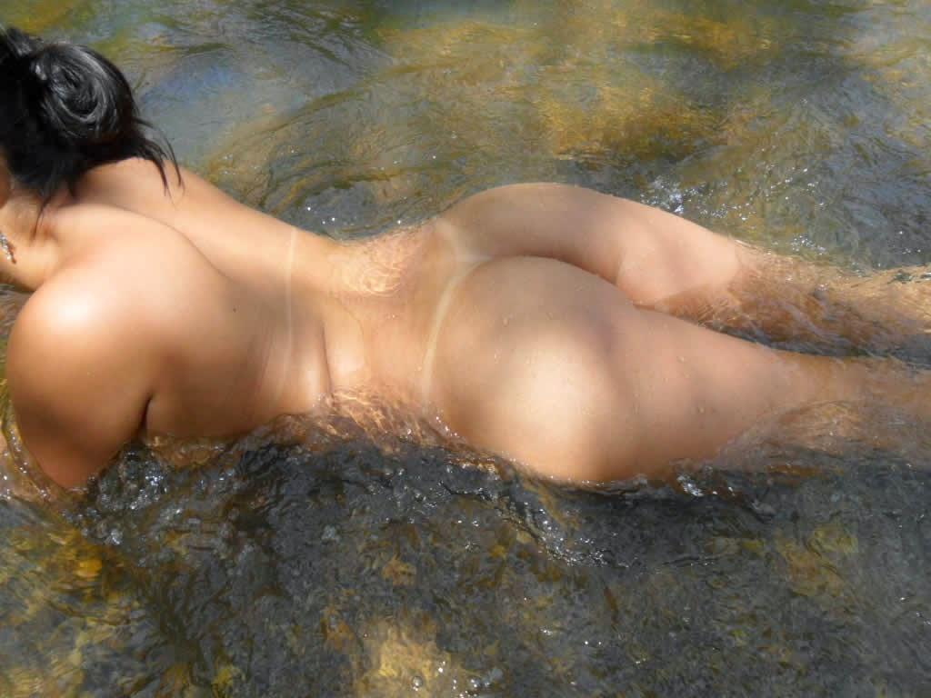 Safadinha pelada no rio 10
