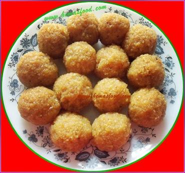 Kobbari Undalu - Coconut Jaggery Laddu