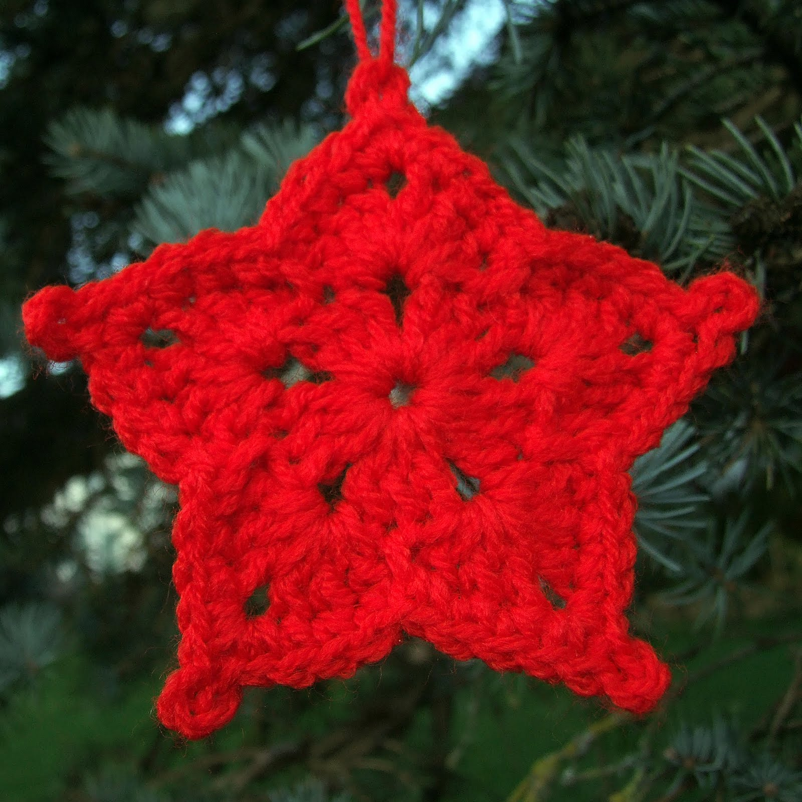 Free Crochet Pattern Christmas Star : Crafting Life in Eire: Christmas Decorations - Crochet ...