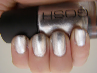 Gosh Silver nailpolish