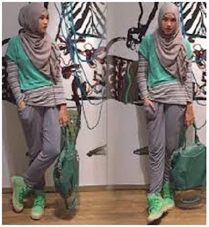 Busana lengan pendek untuk hijab