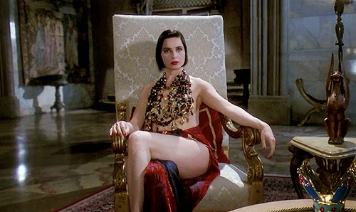 Isabella Rossellini dans La Mort vous va si bien, de Robert Zemeckis (1992)