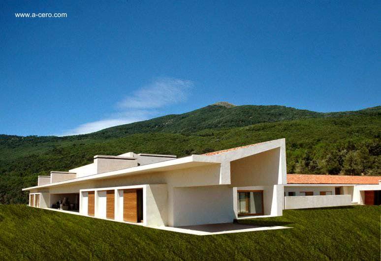 Arquitectura de casas casa rural contempor nea de tejados for Tejados de madera modernos
