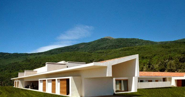 Arquitectura de casas casa rural contempor nea de tejados - Arquitectos en avila ...