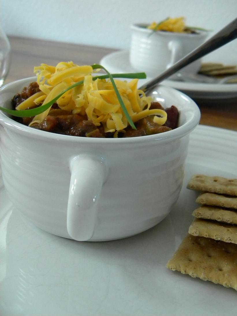 Hot Mess Cooking: Three Bean Winter Chili