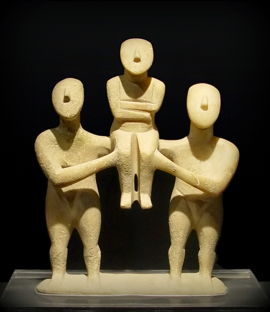 cycladic_three_figurines_group.jpg