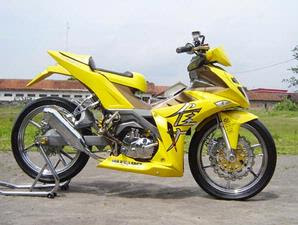 Gambar Foto Modifikasi Motor Suzuki Smash Gaya Racing.jpg