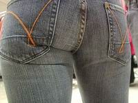 Dangers of Wearing Tight Jeans Pants