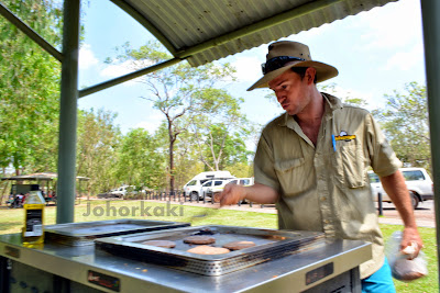 The-Great-Aussie-Public-BBQ-Cook-Out