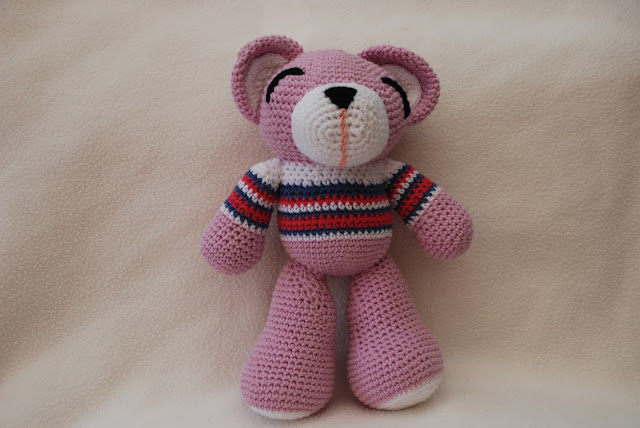image of pink amigurumi bear
