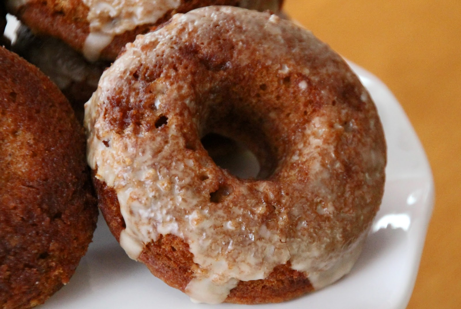 Life Is Sweets: Baked Apple Cider Donuts