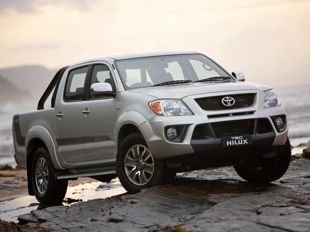 http://1.bp.blogspot.com/-r1563pGsFkk/TruMJyK4DtI/AAAAAAAAAPQ/wHcIu0YoSrI/s1600/Toyota-Hilux-TRD-3.jpg