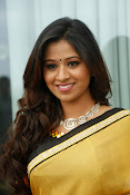 Manali Rathod latest glamorous photos-thumbnail-8