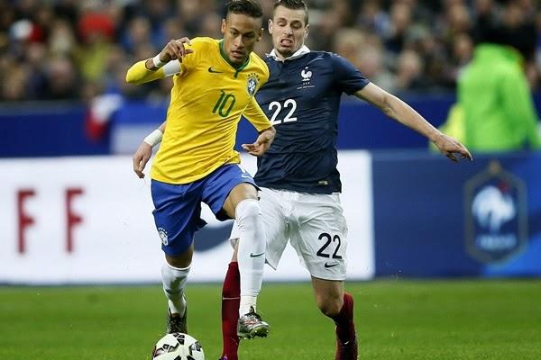 Partido Amistoso, Francia 1 - Brasil 3