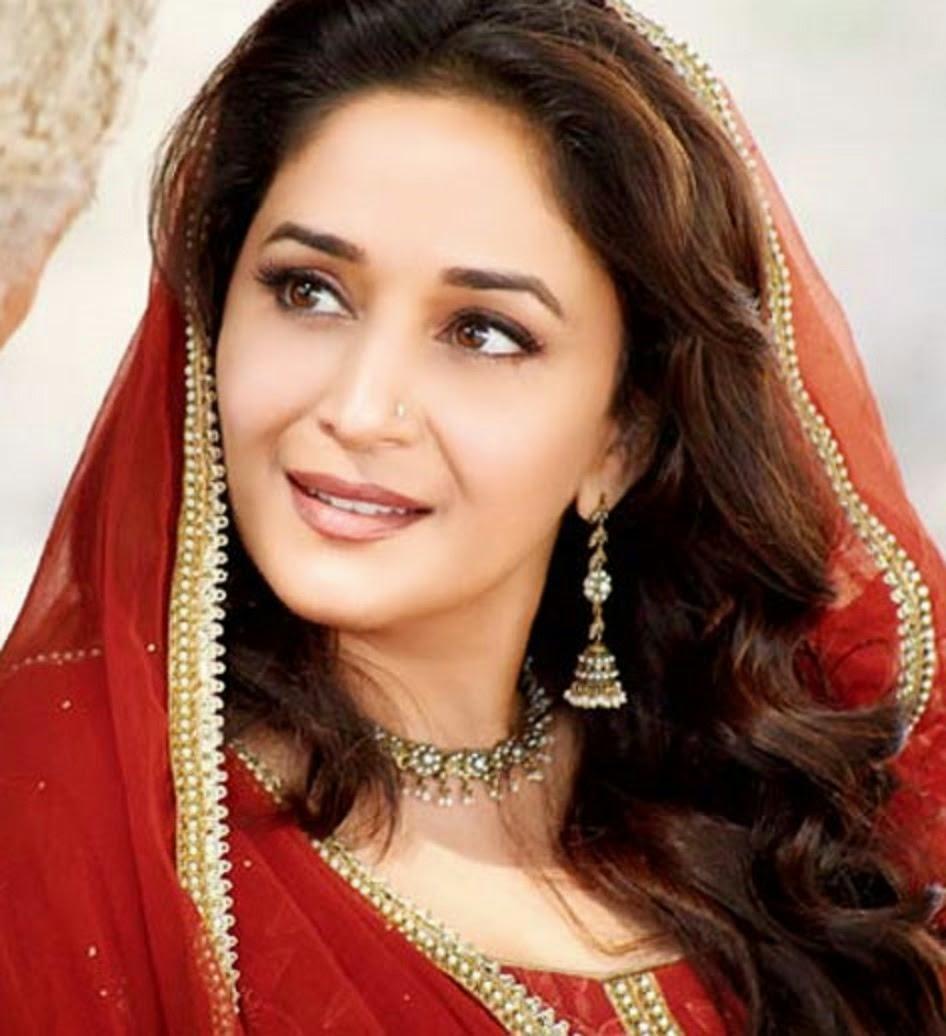 Wallpaper download madhuri dixit - Bollywood Actress Madhuri Dixit Wallpaper