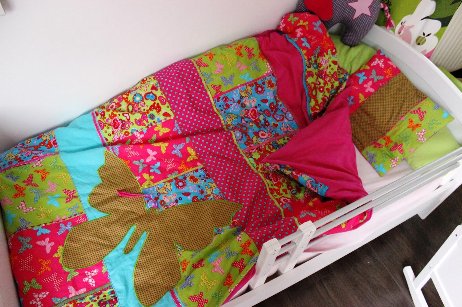 langelus design bettw sche vom osterhasen. Black Bedroom Furniture Sets. Home Design Ideas