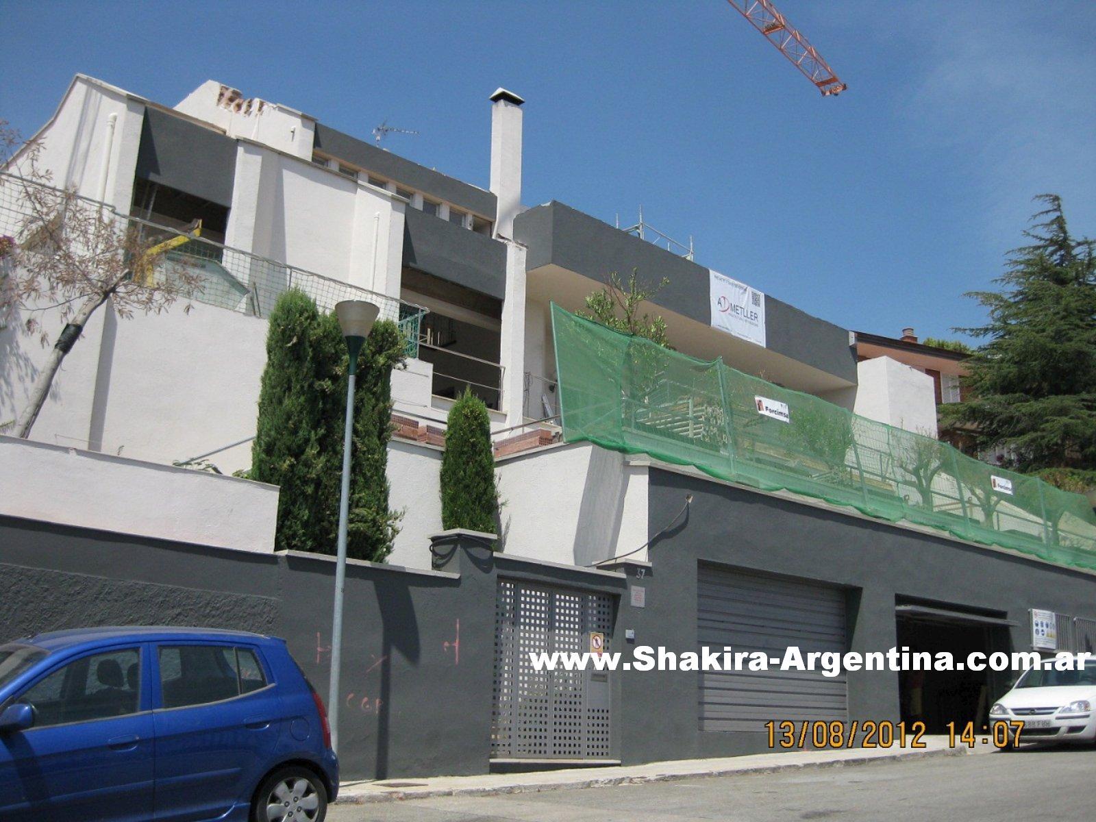 Shakira argentina fotos in ditas casa de shakira y - Aticos en esplugues de llobregat ...