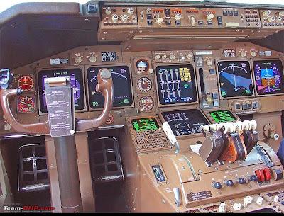 Saiba como se tornar um piloto comercial  Painel+do+Boeing+747-400