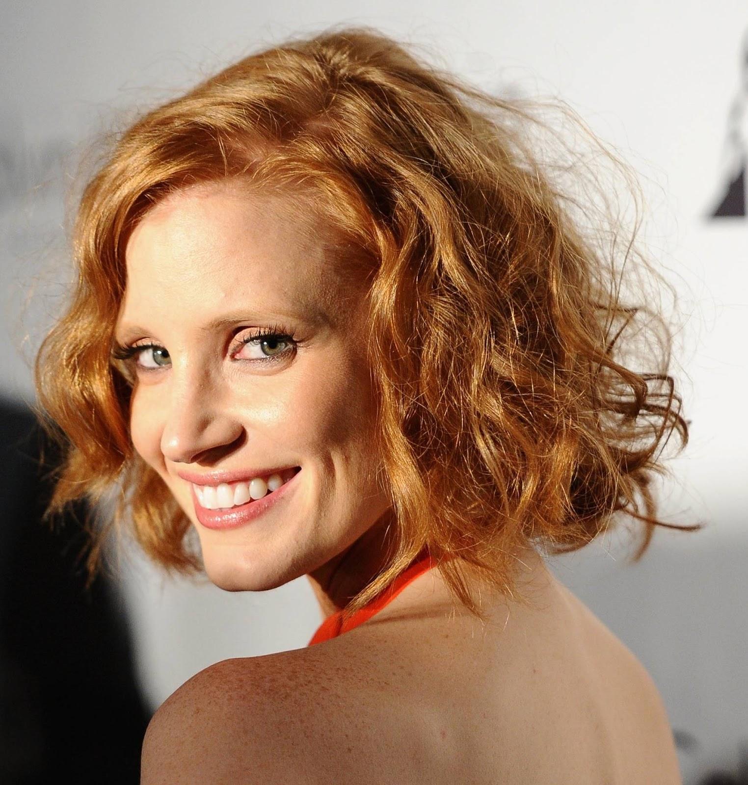 http://1.bp.blogspot.com/-r21C_CbpmPc/USoIix6AnTI/AAAAAAAAz0M/hQ3aqZ5Mqx4/s1600/jessica-chastain-short-curly-hair.jpg