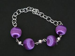biżuteria z półfabrykatów - oplecione na fioletowo (bransoletka)