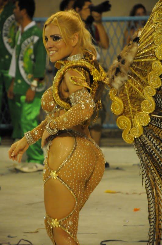 Fernanda Abra O Sem Calcinha Carnaval
