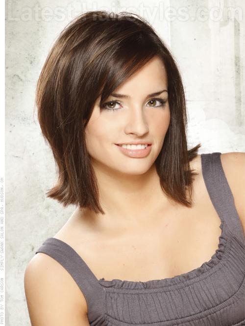 Medium Length Hairstyles with Side Bangs | Cute Medium Hairstyles with Bangs ~ monika-mojezycie ...