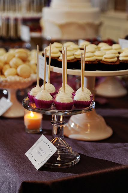 Wedding Macarons and Baby Cakes