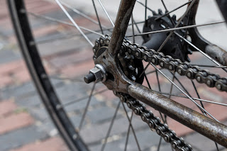 Single speed bicycle bike boylston st boston usa the biketorialist oury grips bmx style handlebar rust track frame chain