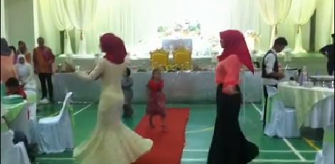 Video Perkahwinan Paling 'Sporting', info, terkini, berita, sensasi