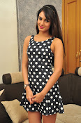 sonal chauhan latest sizzling pics-thumbnail-10