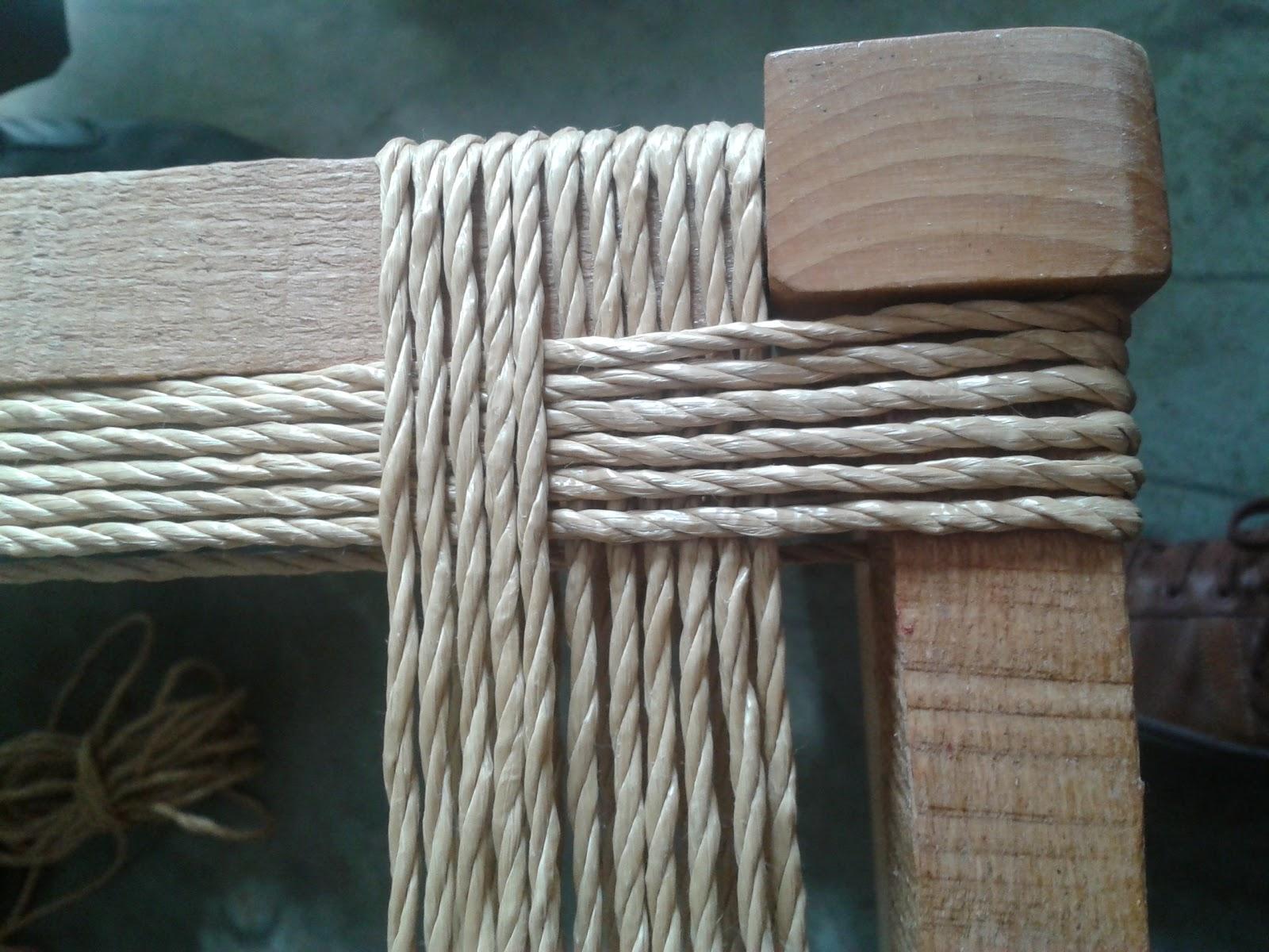 Restaurando con silvia taburetes con asiento de cuerda for Cuerda de pita