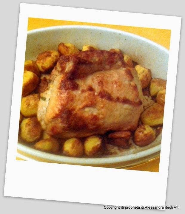 secondo piatto di carne lonza aromatizzata al limone con mele caramellate