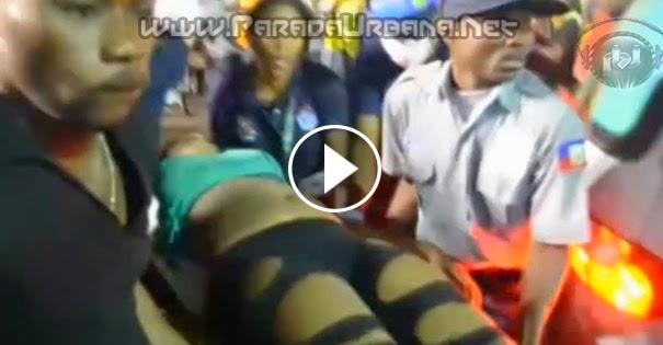 VIDEO IMPACTANTE -Momento en que una descarga electrica dejó 16 muertos en el carnaval de Haití