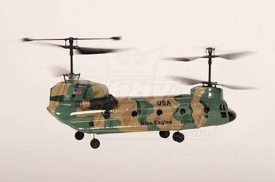 микро вертолет с роторами,