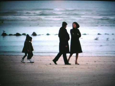 Aryo un homme et une femme - Une femme et un homme dans un lit ...