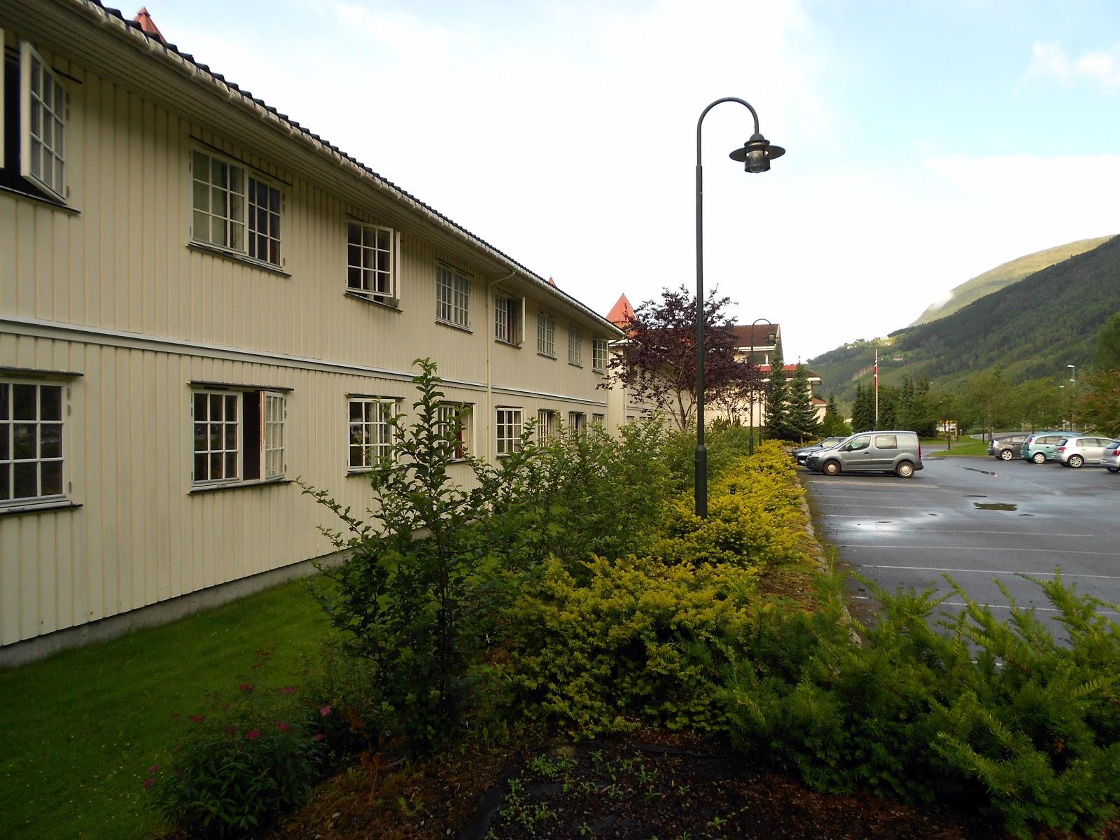 para que os hagais una idea el loenfjord hotel es uno de los hoteles elegidos como punto de parada de distintos circuitos como por ejemplo los del