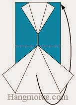 Bước 4: Gấp đôi tờ giấy về phía mặt đằng sau tờ giấy.