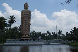 Tsunami,2004,Peraliya,Galle,sri lanka,statue,black memories