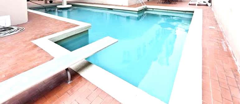 Somerset Court swimming pool