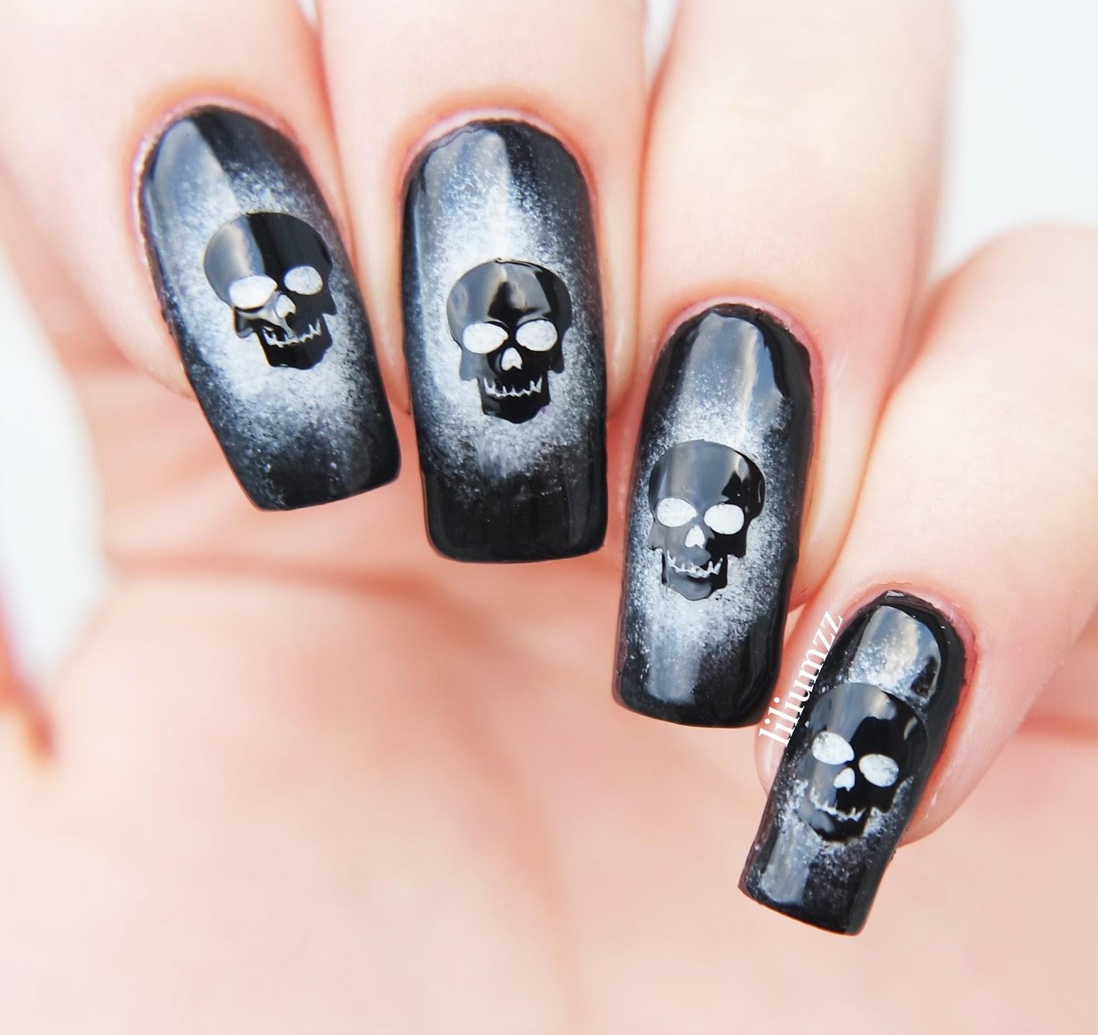 Hand Painted Christmas Nail Art: Liliumzz: SKULL NAILS
